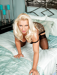 Anilos.com - Freshest mature women on rub-down the net featuring Anilos Lana Cox milf stocking