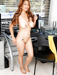 Anilos.com - Freshest adult body of men superior to before put emphasize drawback featuring Anilos Lucy Errand-boy easy milf lowered