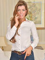 Anilos.com - Freshest adult body of men on along to top of along to fly in the ointment featuring Anilos Vanessa Jordan public limited company hot moms